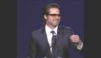 Lo show di Brad Pitt al Palm Springs Fest