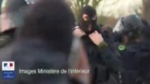 Charlie Ebdo, blitz a Dammartin: le inedite immagini diffuse dal Ministero dell'Interno