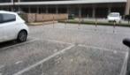 Grossi chicchi di grandine ricoprono di bianco alcuni quartieri di Roma