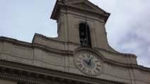 Montecitorio, le campane del torrino annunciano l'arrivo del neo presidente