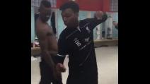Daniel Sturridge balla nello spogliatoio e coinvolge Balotelli