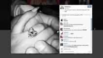 Lady Gaga annuncia il suo fidanzamento e mostra su Instagram il suo anello