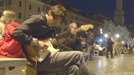 """Chitarrista """"di strada"""" in Piazza Navona a Roma"""