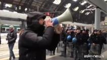 No Tav in partenza per Torino, tensione alla stazione di Milano