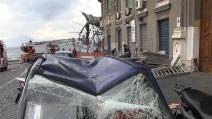 Napoli: tempesta di vento, crolli e danni
