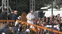 """Papa Francesco a Scampia: """"La vita a Napoli non è mai stata facile, ma non è mai stata triste"""""""