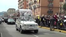 L'arrivo di Papa Francesco al carcere di Poggioreale