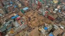 Kathmandu distrutta dal terremoto: il drone riprende la città devastata
