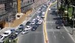 Traffico impazzito a Napoli: le immagini di via Acton