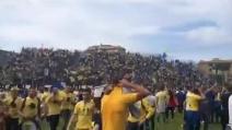 Frosinone in serie A, l'invasione di campo dei tifosi