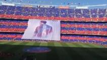 Xavi lascia il Barcellona: la coreografia dei tifosi per l'ultimo saluto