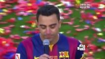 Xavi Hernandez in lacrime saluta il Camp Nou