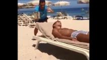 Gavettone a Criscito in spiaggia, lo scherzo di Antonio Cassano