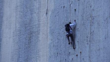 Scalare Pareti Milano : Impossibili da scalare: ecco le pareti darrampicata più incredibili