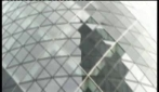 Nella City of London nei pressi del 30 St Mary Axe (Gherkin - Cetriolo)