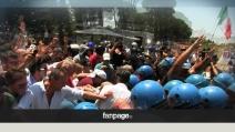Roma, Casale San Nicola: scontri tra residenti e polizia per l'arrivo dei profughi