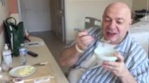 Platinette scherza in ospedale, sarà operato per perdere peso