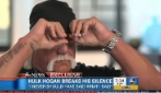 Hulk Hogan piange in tv durante un'intervista