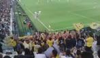 """Salutate la capolista"", i tifosi del Chievo Verona festeggiano allo Juventus Stadium"