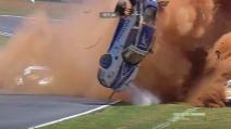 Pauroso incidente per Piquet jr nella Porsche GT3 Cup