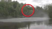 Volare sull'acqua da ora è possibile: ecco come ci riesce