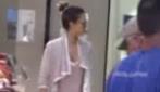 Jessica Alba al supermercato: il vestito è esagerato!