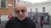 """""""No a unioni gay ma rispetto per la tendenza"""", le parole del Parroco al Sinodo"""