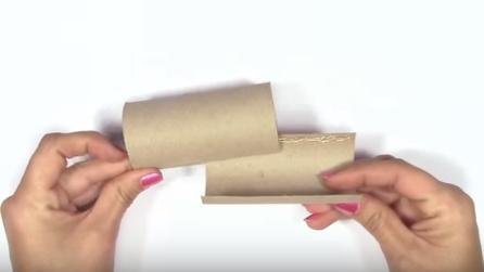 Decorazioni di natale fai da te 10 idee originali per riciclare i rotoli di carta igienica - Albero porta carta igienica ...