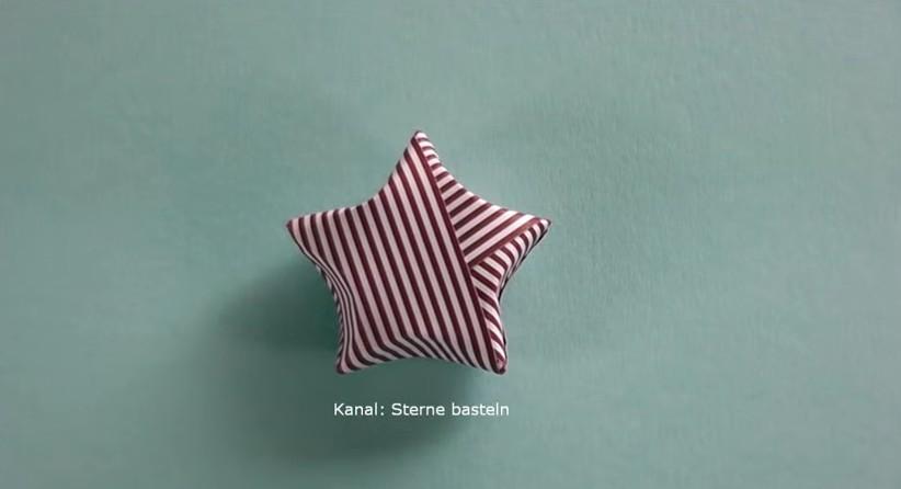 Come Costruire Una Stella Di Natale.Come Fare Una Stella Di Natale 3d Con L Origami