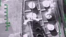 Siria, l'aviazione russa colpisce i depositi di petrolio controllati dall'Isis
