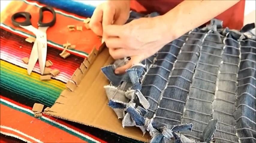 Tappeti Fai Da Te Stoffa : Come realizzare un tappeto con vecchi jeans