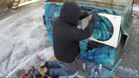 Dumpster Art, ecco cosa crea su un cassonetto dell'immondizia