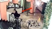 Sassari, pubblica su Facebook le immagini del furto subito nel suo ristorante