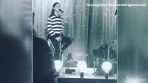 """Prove di canto per Belen Rodriguez e suo papà Gustavo: stasera al """"Maurizio Costanzo Show"""""""