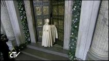 Giubileo della Misericordia, Papa Francesco apre la Porta Santa