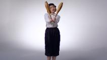 Come si faceva palestra negli anni '20? 100 anni di esercizi in 3 minuti