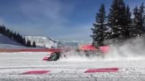 Non solo con gli sci, lo slalom sulla neve di Verstappen con una Formula 1