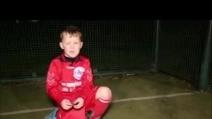 Ha solo 5 anni e fa impazzire tutti: ecco il bambino che gioca con il City e tifa United