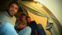 Calais dimenticata, viaggio nelle tende della speranza
