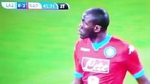 """Lazio-Napoli, Koulibaly """"risponde"""" ai cori razzisti dagli spalti dimostrando grande professionalità"""