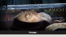 Il corpo di Padre Pio è il suo? No, ma i fedeli non lo sanno