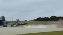MotoGp, brutta caduta per Petrucci nei test di Phillip Island