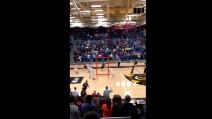 Tre canestri sulla sirena: il finale di basket più bello di sempre