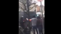 Arrestato Salah, i momenti prima del blitz ripresi da un passante