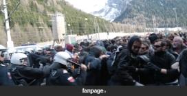 Migranti, scontri al Brennero tra attivisti No Borders e polizia austriaca