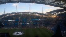 """Manchester City vs Real Madrid, il pubblico si infiamma sulle note di """"Hey Jude"""""""