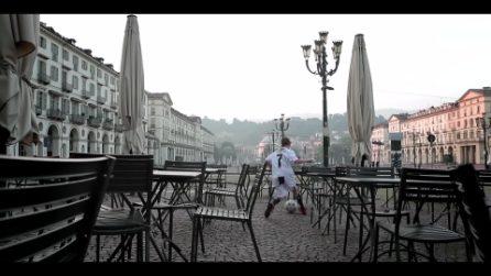 """""""Torino affonda"""": un video musicale denuncia la decadenza della città guidata dalla Appendino"""