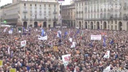 A Torino l'onda Sì Tav porta 30mila persone in piazza