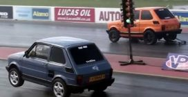 Accelerazione e impennata: mitica sfida tra Fiat 126
