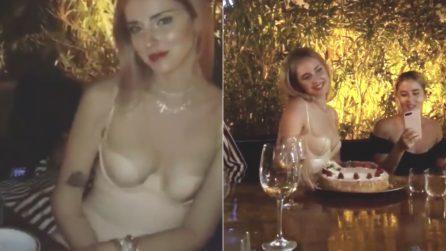 """Chiara Ferragni festeggia con gli amici l'addio al nubilato: """"La nostra pazza notte"""""""